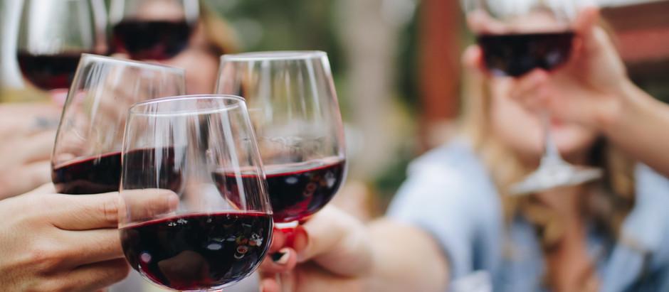 Te ofrecemos 10 consejos para que elijas el vino adecuado en un restaurante