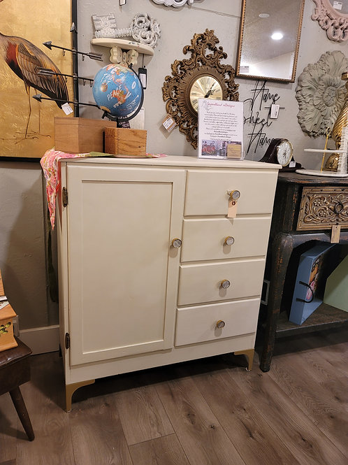 Lovely Armoire With 4 Drawers, A2