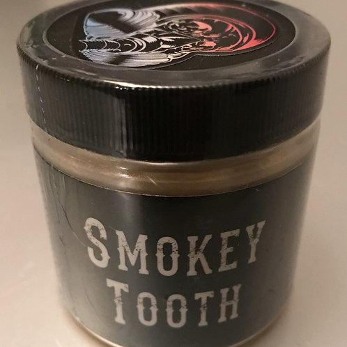 SMOKEY TOOTH PEARL