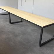 Table de salle de réunion