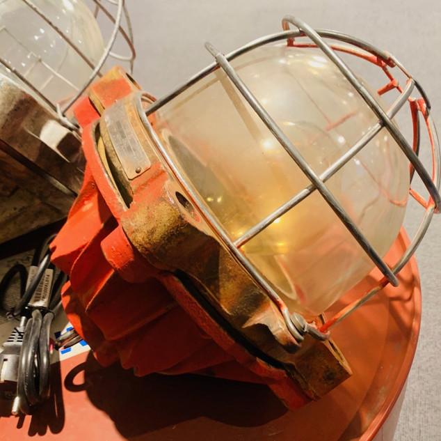 Lampe Mapelec rouge anti-déflagration