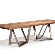 Table présentée au concours de design de Vancouver