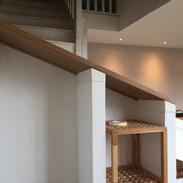 Support métallique pour maintien d'une planche en bois
