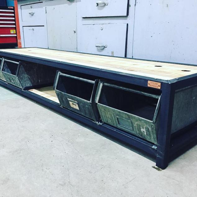 Meuble TV à casiers