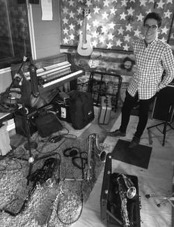 Pat Reyford's studio recording 18814123_1361100923970504_43036088310608
