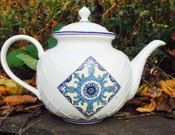 blue snowflake teapot sm.jpg