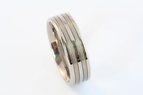 Titanium groove band