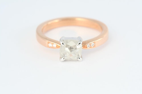 Cushion Rose cut