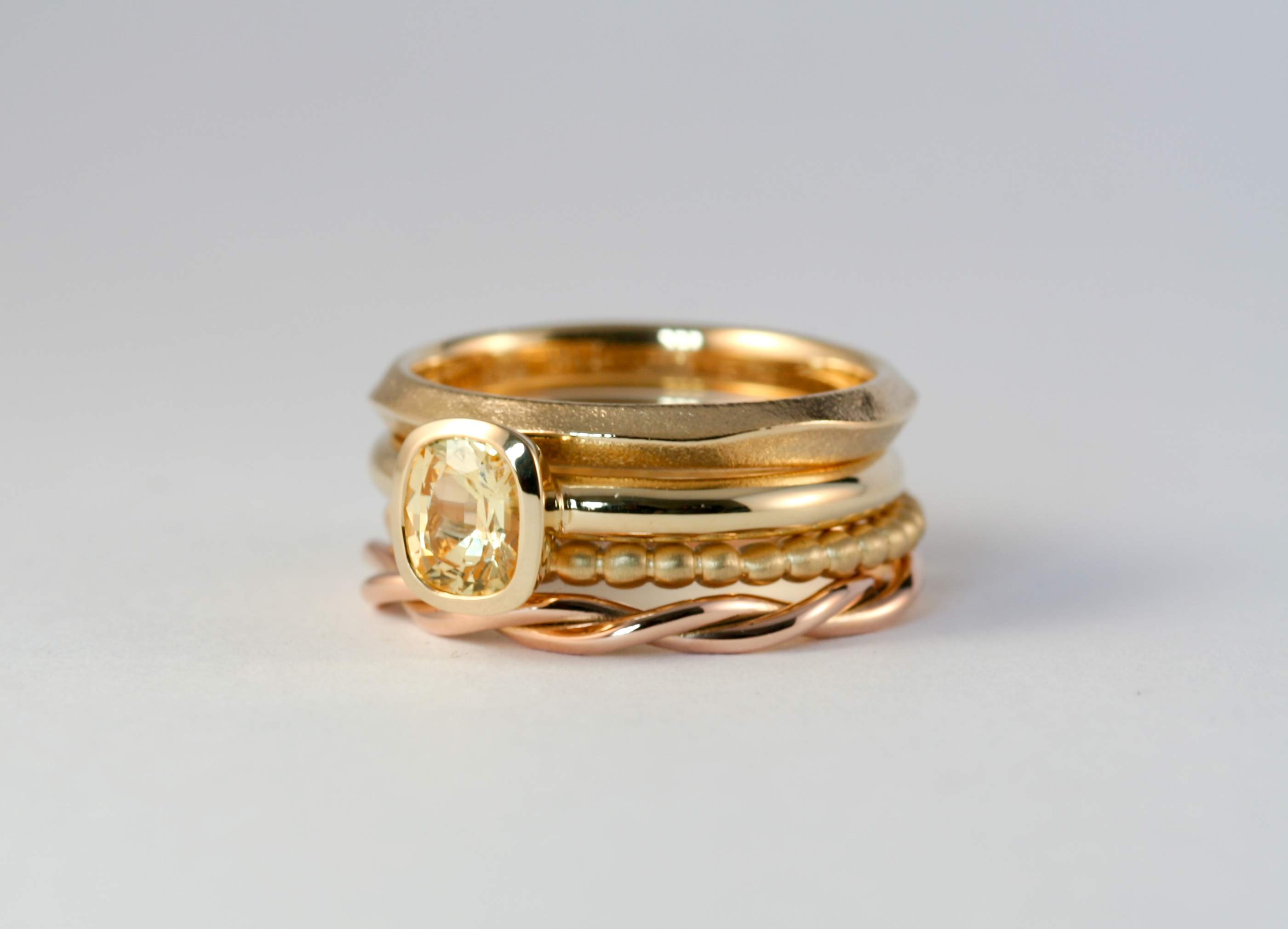 18ct gold & sapphire stack ring