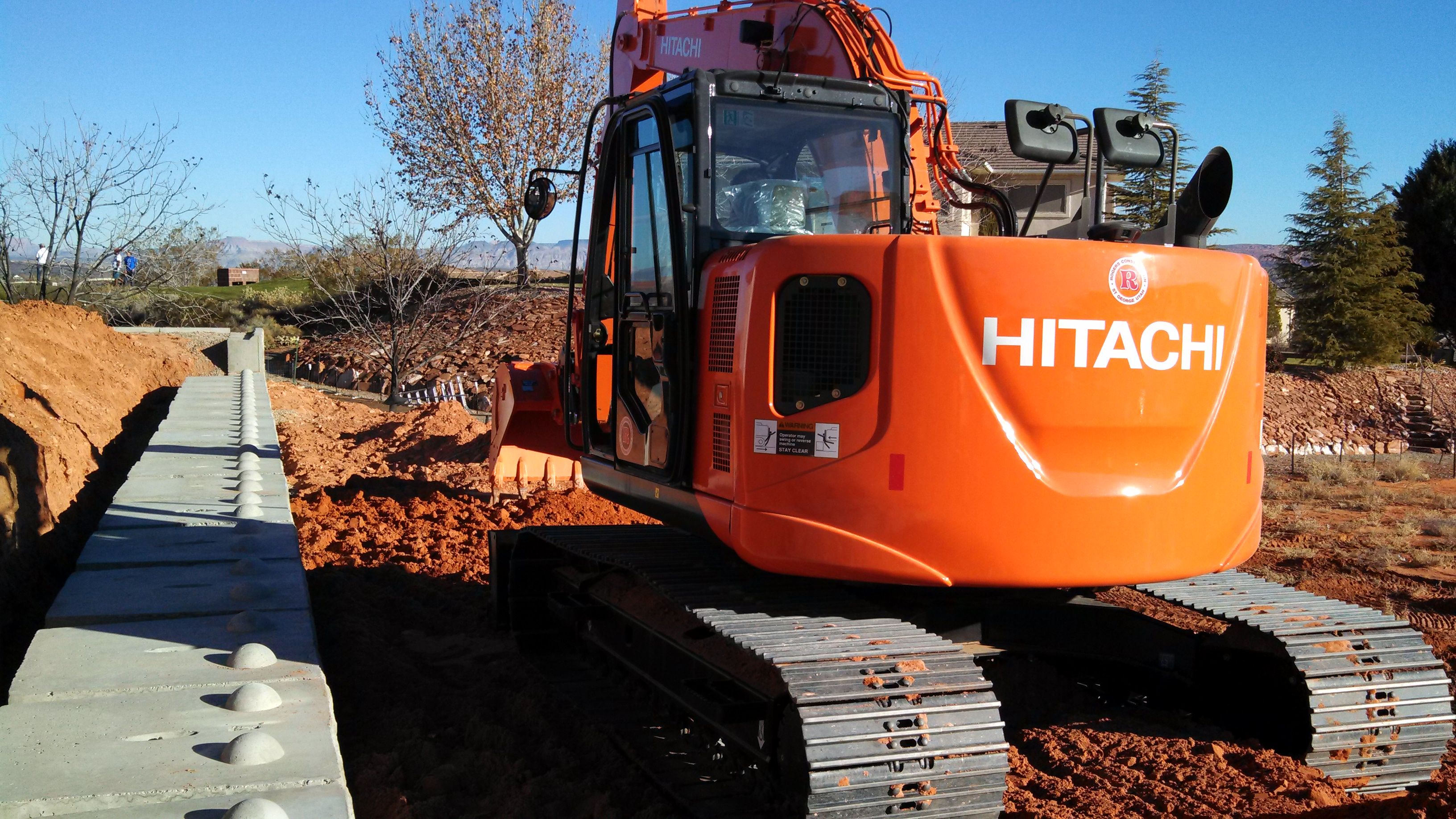 New 2014 Hitachi ZX135