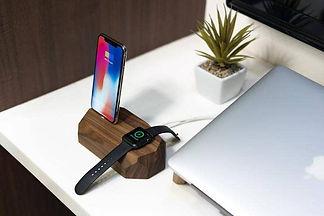 workpub_iwatch_charger.jpg