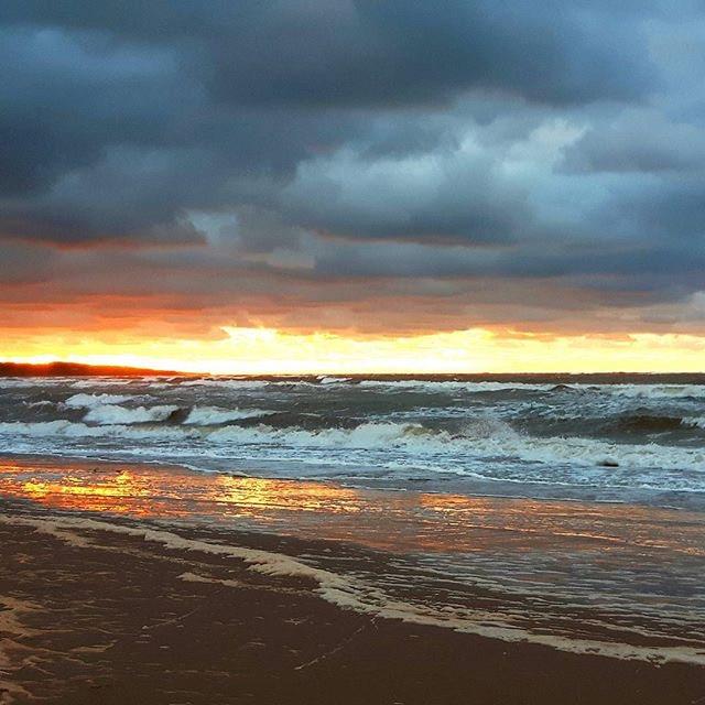 Story sunset