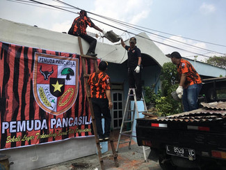 Peringati Sumpah Pemuda, PP Surabaya bedah rumah warga kurang mampu