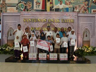 GELAR PASAR MURAH , SEMEN INDONESIA DAN IKATAN ISTRI KARYAWAN SEMEN INDOENSIA (IIKSMI) JUAL 5.200 PA