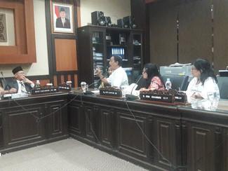 Puluhan Wali Murid datangi DPRD Jatim tolak sistem zonasi dalam PPDB tahun ini