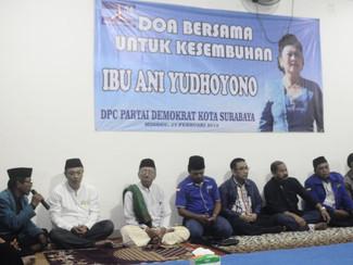 Doa bersama Demokrat Surabaya untuk kesembuhan Bu Ani