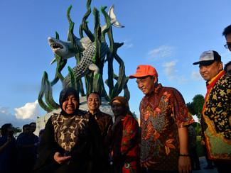 Patung Suroboyo, destinasi wisata baru pesisir Surabaya