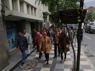 KAWASAN TUNJUNGAN JADI TEMPAT KONVENSI IKATAN ARSITEK INDONESIA