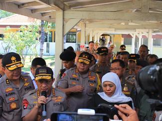 Kapolri naikkan pangkat polisi korban pembacokan tersangka diduga teroris di Surabaya