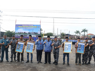 Tuntaskan Renovasi 1.825 Rumah, Pakde Karwo Tutup Program RTLH Tahun 2017