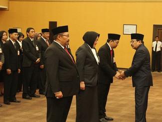 Disaksikan Gubernur, Tiga Direktur Baru Bank Jatim Teken Pakta Integritas