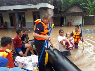 Waspadai penyakit menular pasca banjir di Jatim