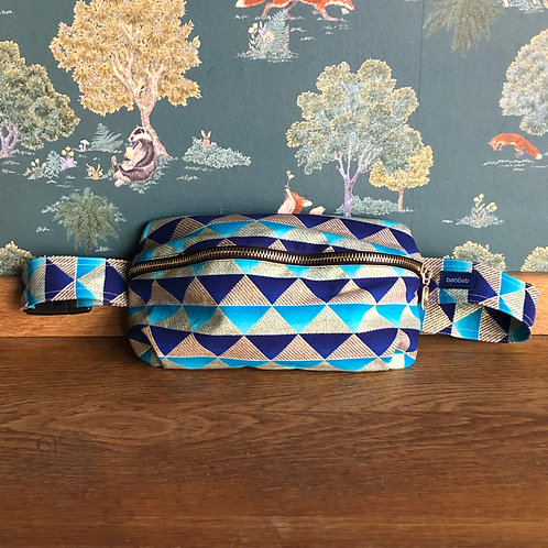 Two kinds of Blue • The big belt bag