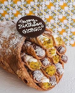 CANNOLI CAKE 4.jpg