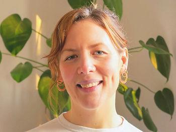 Bella Eacott sports massage therapist at balanced osteopathy london