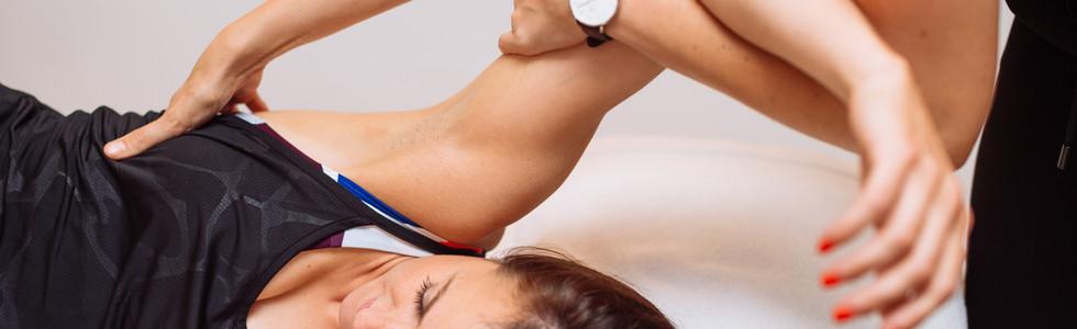 Osteopathy for upper back pain in Farringdon London
