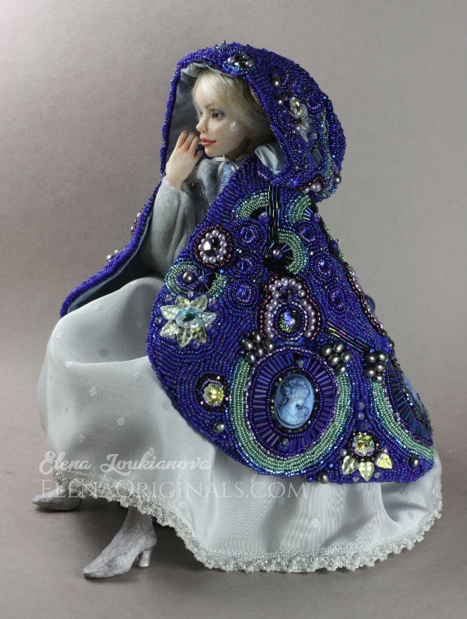 Cobalt_Solstice_beaded_cloak_elenaorigin