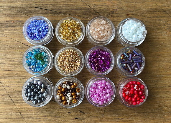 BEADS SET 1 12 containers