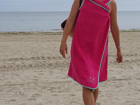 Cet été, on ne laisse pas traîner sa serviette par terre !