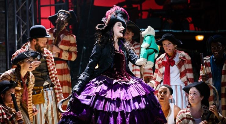 A female Capt. Hook in this version of Peter Pan