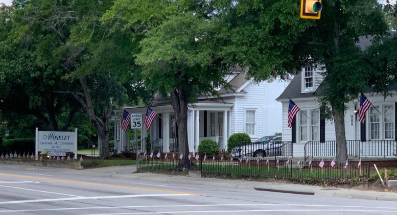 Moseley's Funeral Home decked out for July 4th