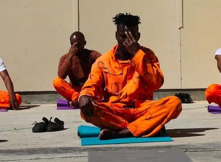 """""""Йога и образ тела"""": возвращение к себе"""