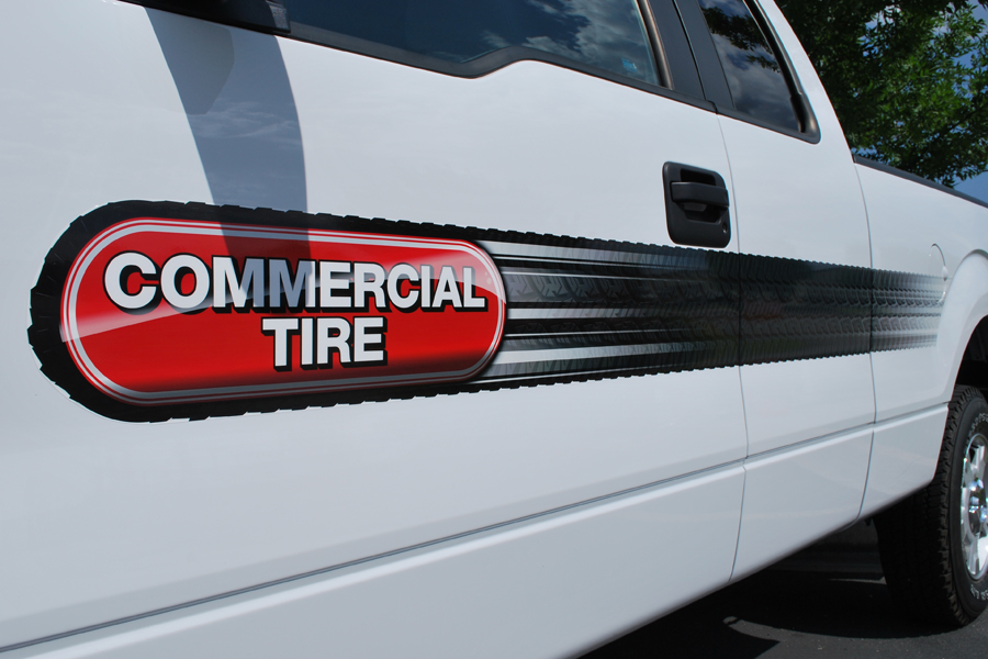 Commercial+Tire+Truck
