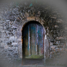 The Paupers Crypt