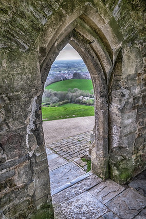 A view thorough the arch