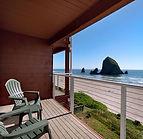 Cannon-Beach-Ocenfront-Balcony-640x425.jpg