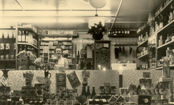 Betje Karsten, van de kruideniers winkel.jpg