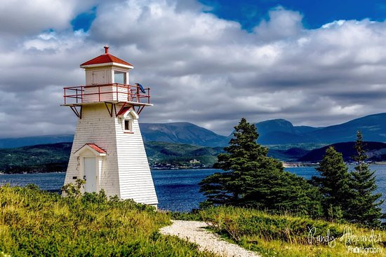 woody-point-lighthouse.jpg