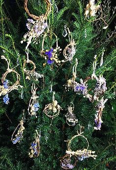 Tress-decorations-3.jpg