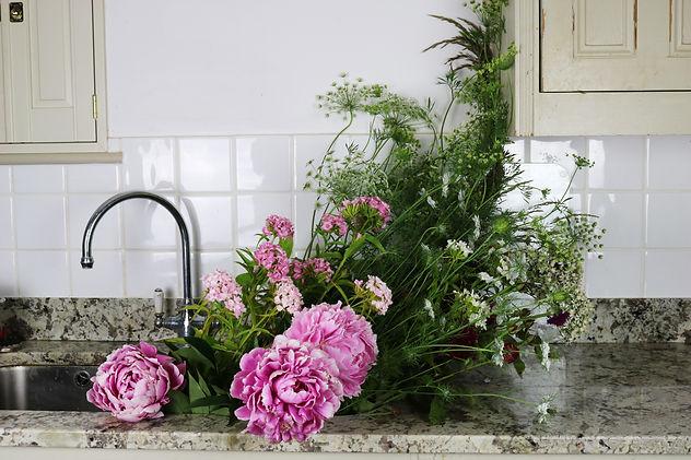 Sink-flowers.jpg