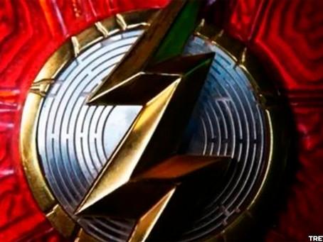 The Flash: Nova imagem revela o novo logo no fato do herói