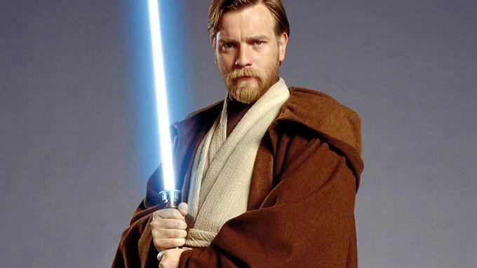 Ewan McGregor com uniforme de Obi-Wan nos bastidores de The Mandalorian