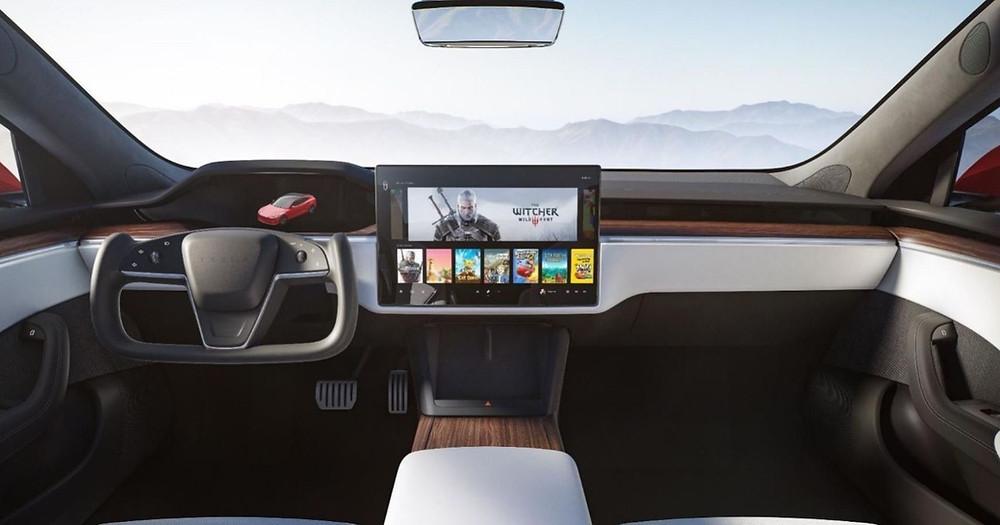 Novo Tesla Model S com capacidade para correr The Witcher 3