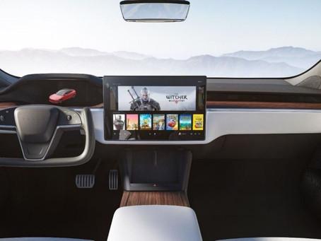 Novo Tesla Model S vai rodar The Witcher 3