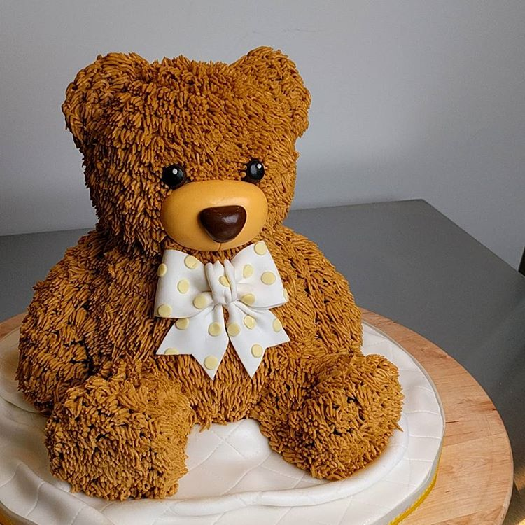 Teddy Bear 3D sculpted cake