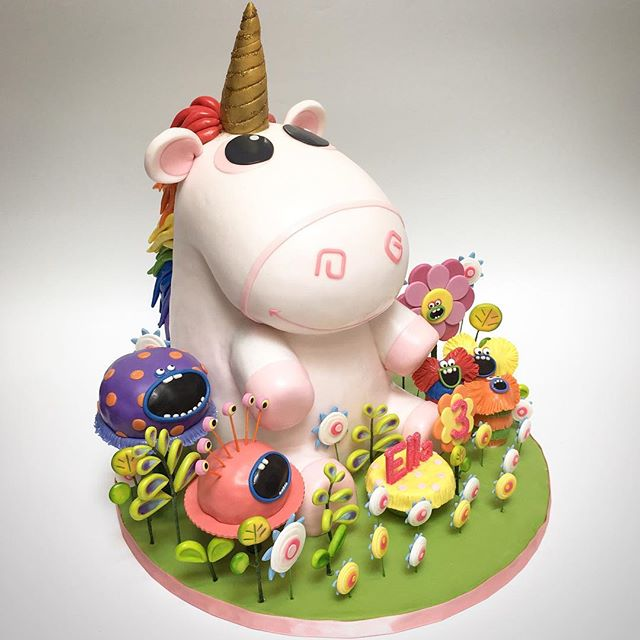 Unicorn 3D sculpted cake